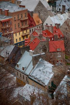 Roofs of the old town, Quebec by Ronny Gabriels on 500px
