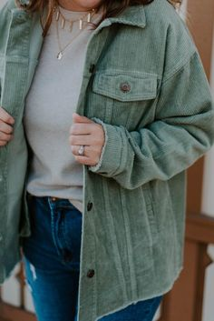 This jacket is perfect for fall! The oversized fit makes it ideal to layer over sweaters and long-sleeve shirts! It has a collared neckline, exaggerated front pockets, and a side split dolphin hem. #noragrayboutique #shopnoragray #onlineboutiques #boutiquefinds #boutiqueclothing #instastyle #styleinspiration #fallstyles #midweststyle #indianaboutique #midwestboutique #fallfashion #boutiquejackets #falljackets #womensjackets #shakets Boutique Tops, Boutique Clothing, Fashion Boutique, Side Split, Fall Jackets, Jackets For Women, Long Sleeve Shirts, Neckline, Pockets