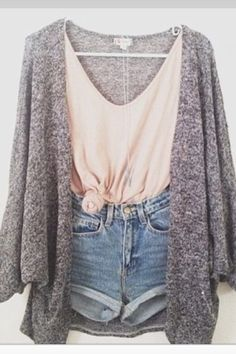 mode Allt om säsongens hetaste trender This date night outfit is one of the best cute outfits! Look Fashion, Teen Fashion, Fashion Outfits, Womens Fashion, Fashion Ideas, Fashion Clothes, Unique Fashion, Style Clothes, Cheap Fashion