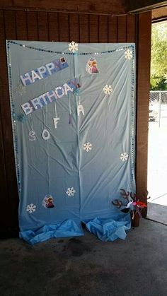 "Frozen ""photo booth"""