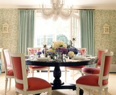 modern-chic-dining-room-round-table-turquoise-and-coral-pink-