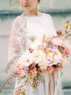 Great Flower Supply Expert Services Available Online Paris Elopement Inspired By Rodin Parisian Wedding Dress, Paris Wedding, Wedding Dress Trends, French Wedding, Wedding Shoot, Wedding Gowns, Bridal Gowns, Fall Wedding Flowers, Floral Wedding