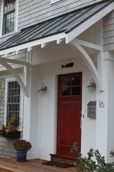 Beau 40 Lovely Door Overhang Designs   Bored Art   This Would Have Looked Nice  On The 2020 Koper House In Sterling Heights!