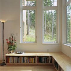 Book case as a window seat! If we ever move into a bigger house I so want to do this! Style At Home, Banquette Design, Banquette Seating, Low Bookshelves, Bookshelf Bench, Book Shelves, Billy Bookcases, Window Shelves, Home Design