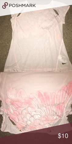 NIKE workout shirt Baby pink NIKE workout shirt Nike Tops