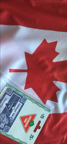 Happy Canada Day Eh?! Enter to win a $25 Canadian Tire Gift Card with @kissygluvvym!