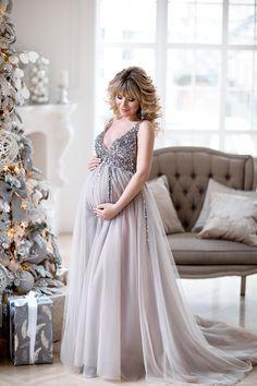 Sequin Maternity Dresses Baby Shower Gowns with Tulle Skirt – loveangeldress Maternity Dresses For Baby Shower, Maternity Gowns, Maternity Fashion, Pregnant Wedding Dress, Dresses For Pregnant Women, Pregnancy Outfits, Pregnancy Photos, Maternity Pictures, Pregnancy Dress