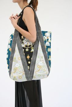 SWASH Shopper Bag by Beklina
