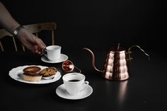 Vattenkanna Buono Drip Kettle i Koppar Drip Coffee, Kettle, Coffee Maker, Kitchen Appliances, Drinks, Tableware, Food, Coffee Maker Machine, Diy Kitchen Appliances