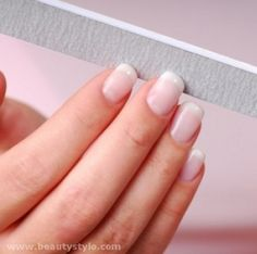 How To Polish Buff Nails & Natural Nail Buffer Nail Care Tips, Nail Tips, Strong Nails, Nails At Home, Healthy Nails, Beautiful Nail Art, Natural Nails, You Nailed It, Beauty Hacks