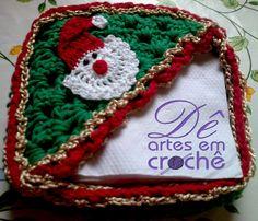 Natal Decoração - Porta Guardanapos em crochê com tema de Natal. by Dê Artes em Crochê. http://www.elo7.com.br/porta-guardanapos-em-croche-natal/dp/58C2B9