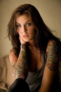 Half Sleeve Tattoo On One Arm Tips On Half Sleeve Tattoos For Women