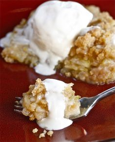 An all-time favorite dessert! My Mother' Apple Crisp Recipe from  The Hopeless Housewife