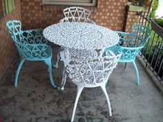 Going to add some color to my patio furniture this weekend ! Cast Iron Garden Furniture, Metal Furniture, Furniture Decor, Refurbished Furniture, Repurposed Furniture, Decks And Porches, Dream Rooms, Furniture Making, Vintage Decor