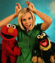 Elmo is the best and some celebrities (read: Paul Rudd) are also the best. Here are 100 pictures of famous people and Elmo being the best together. Jenny Macarthy, Celebrities Reading, Mc Carthy, Three Caballeros, Donnie Wahlberg, Paul Rudd, Jim Henson, Street Look, Girl Next Door