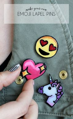 Design and wear your own emoji pins using shrinkable plastic.