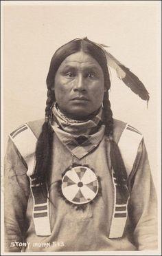 RP: Portrait of a Stony Indian , BANFF , Alberta , Canada , 1910-20s ; Byron Harmon Photo postcard