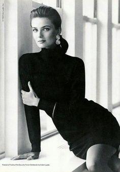Одна из самых красивых моделей второй половины ХХ века - Паулина Поризкова в фотосессии для журнала Vogue, 1987 год.