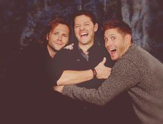 Hahaha they're so cute but Misha's face is the best