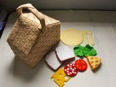 Felt+Picnic+Pattern+Set+-+Picnic+Basket,+Sandwich,+Apple+Pie,+Plates,