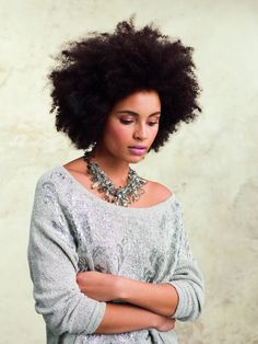 Pink make-up pallet, Natural hair, Statement necklace, and Slouch sweater is breath taking African Hairstyles, Afro Hairstyles, Love Hair, My Hair, Curly Hair Styles, Natural Hair Styles, Big Hair Dont Care, Pelo Natural, Hair Affair