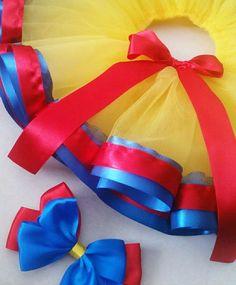 Snow White First Birthday costume snow white theme snow Snow White Tutu, Snow White Costume, Disney Costumes, Baby Costumes, Tutu Diy, Disney Art Diy, Onesie Dress, Snow Dress, Snow White Birthday