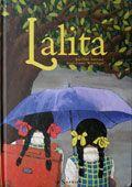 Lalita vit en Inde avec ses parents, ses 2 grandes sœurs et sa grand-mère. Aujourd'hui est un jour très particulier pour la fillette : c'est la rentrée des classes, avec la pluie de la mousson, et surtout, elle va avoir un petit frère ! Le 1er garçon de la famille! L'album aborde la question épineuse de la naissance des filles en Inde. L'écriture est musicale et rythmée. Les peintures sont gaies et douces, colorées, vivantes et apportent aux lecteurs une foule d'informations sur la vie en…