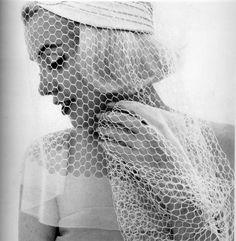 bridal marilyn