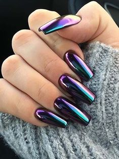 Want some ideas for wedding nail polish designs? This article is a collection of our favorite nail polish designs for your special day. Diy Valentine's Nails, Swag Nails, Fun Nails, Shellac Nails, New Year's Nails, Nail Nail, Stylish Nails, Trendy Nails, Ongles Beiges