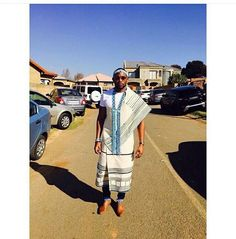 African Traditional Wear, Traditional Dresses, African Men Fashion, Mens Fashion, Xhosa Attire, Men's Swag, African Royalty, Traditional Weddings, Zulu
