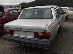 Volvo 760 GLE in BC junkyard (1983)