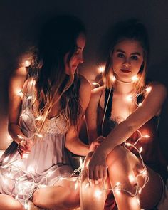 There's no one like your BFF! Check out these BFF pictures & bestie poses ideas Best Friend Photography, Tumblr Photography, Photography Ideas For Teens, Light Photography, Photography Tips, Landscape Photography, Best Friend Photos, Best Friend Goals, Best Friend Pictures Tumblr