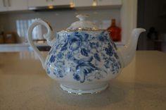 Royal Albert Paradise Blue Tea-Pot. New Condition.