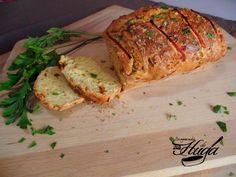 Pan de queso y pimientos de piquillo