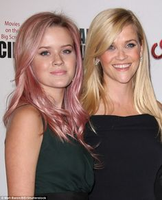 Ava Phillippe  la fille de Reese Witherspoon   Une nouvelle it girl     Reese Witherspoon  39  looked exactly the same at 15 in throwback snap