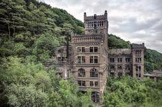 The abandoned coal mine of Hasard de Cheratte