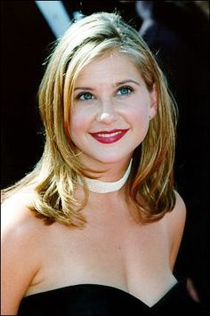 drugs-kellie-martin-hot