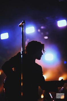 Arctic Monkeys make their blissful return with Hollywood Forever Cemetery show Alex Turner, Arctic Monkeys Wallpaper, Monkey Wallpaper, Rock And Roll, Hollywood Forever Cemetery, The Last Shadow Puppets, Vampire Weekend, Sheffield, One Ok Rock
