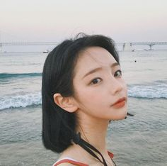 Image shared by 노을 ☾. Find images and videos about girl, korean and ulzzang on We Heart It - the app to get lost in what you love. Short White Hair, Girl Short Hair, Short Hair Cuts, Short Hair Styles, Pretty Korean Girls, Cute Korean, Ulzzang Short Hair, Hwa Min, V Cut Abs