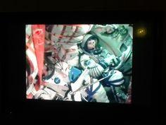#SamanthaCristoforetti ora in orbita.. qui non si vede ma ogni tanto si gira e guarda fuori!!! :)