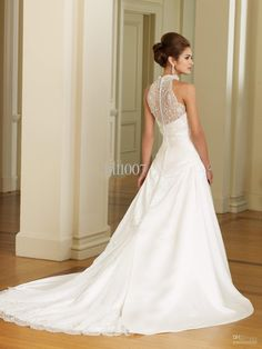 I love the back of this dress - It's absolutely gorgeous.