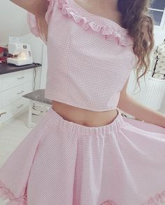 My new outfit!! (Beckii Cruel)