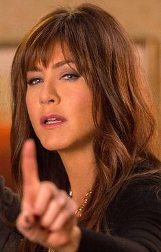 Jen in Horrible Bosses Jennifer Aniston Style, Jennifer Aniston Pictures, Jennifer Aniston Horrible Bosses, Jeniffer Aniston, John Aniston, World Most Beautiful Woman, Beautiful Ladies, Chris Pine, Brunette Hair