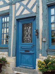 Blue - door - Normandie - France