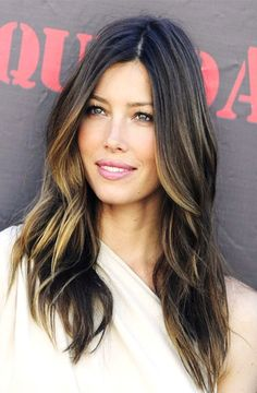 Jessica Biel with balayage. I am IN LOVE with her hair! Love Hair, Great Hair, Gorgeous Hair, Amazing Hair, Jessica Biel, Jessica Beil Hair, Ombré Hair, Hair Day, Girl Hair