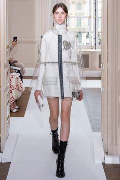 Schiaparelli  #VogueRussia #couture #fallwinter2017 #Schiaparelli #VogueCollections