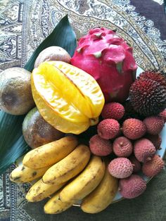 My exotic fruit platter: carambola, pitaya, litchi, lady finger bananas, passion fruit and pulasan.