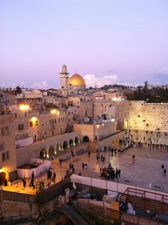 Wailing Wall in Jerusalem | West wall of the ancient temple is sacred to Christians too. I want to go to Israel so much!