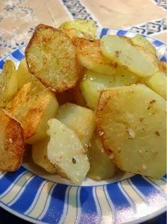 Batatas assadas com gergelim no Blog Dividindo Experiencias http://www.dividindoexperiencias.com/2013/09/esmalte-e-comida-caseira.html