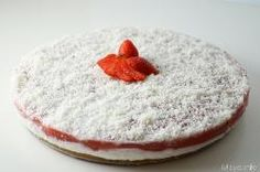 » Torta fredda al cocco e fragole - Ricetta Torta fredda al cocco e fragole - Ricetta di Misya